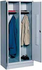 Garderobekast S 2000 Classic met ineensluitende deuren RAL 7035 300mm met sokkel CP