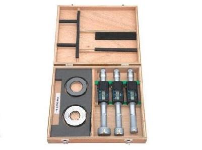 Digimatic 3 punts binnenschroefmaat set Mitutoyo   DKMTools - DKM Tools